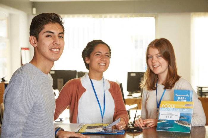 étudiants école d'anglais à Bournemouth