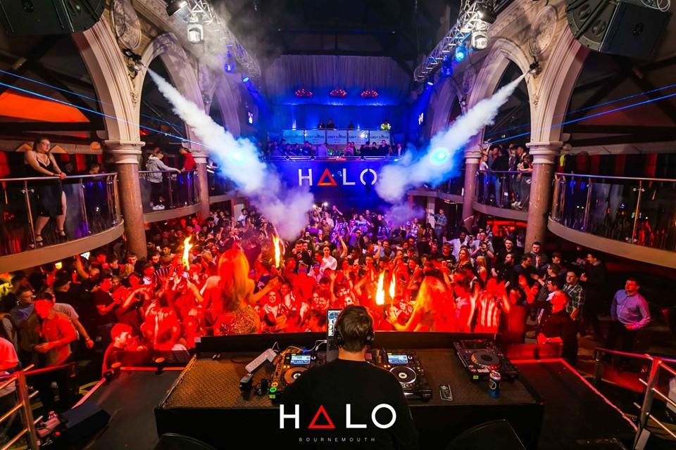 Halo, boîte de nuit dans une église à Bournemouth